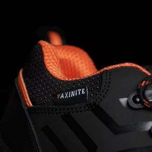 AX52-onyx-worker-shoe-light-weight-axinite-premium-work-wear-detail